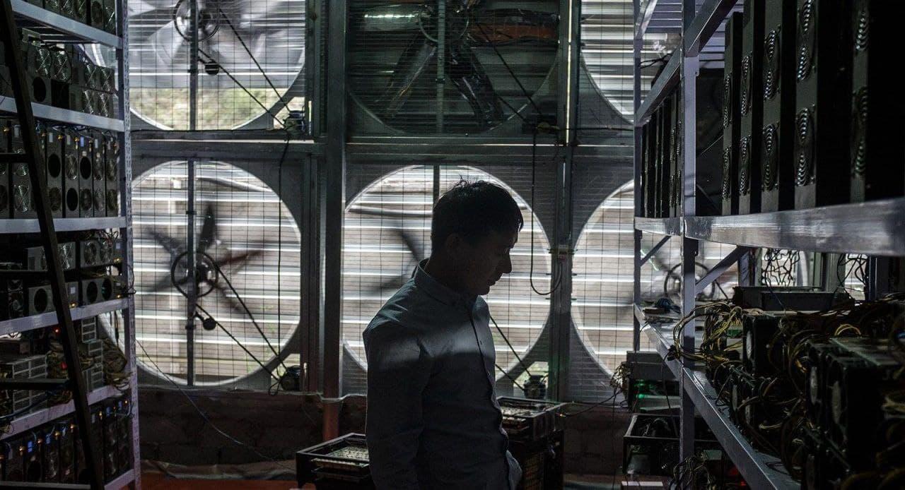 وزیر نیرو خبر داد: توقف فعالیت ایرانیها و چینیها برای استخراج رمز ارز