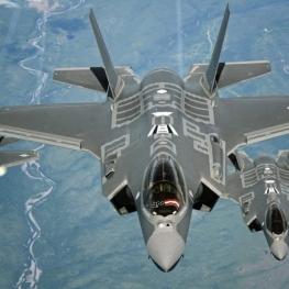 قرارداد ۲۳ میلیارد دلاری امارات برای خرید اف-۳۵ و تجهیزات نظامی از آمریکا