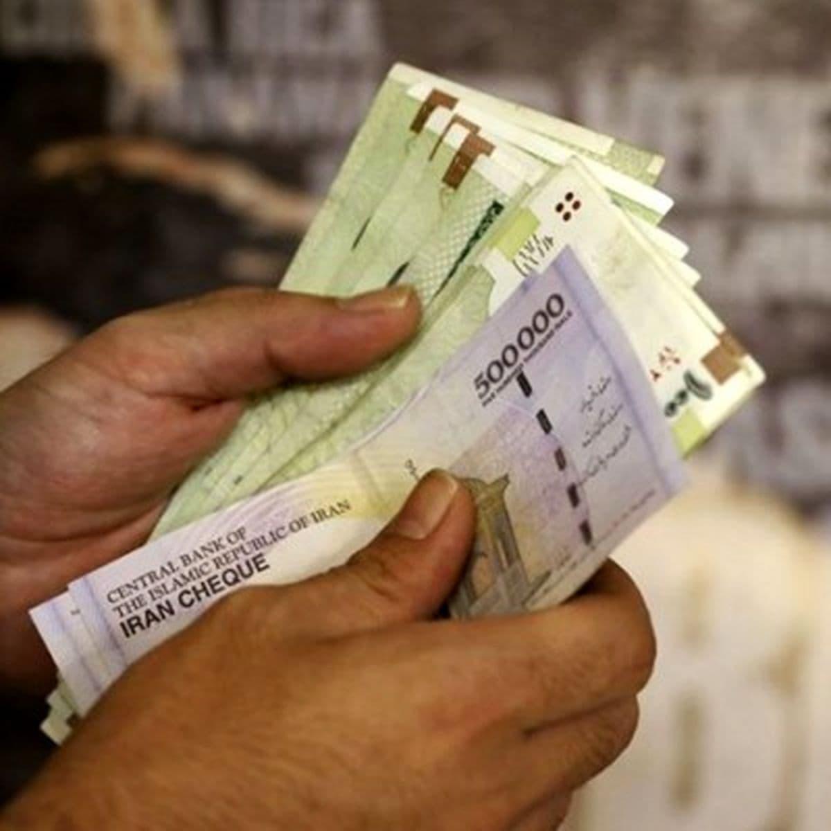میزان عیدی کارکنان دولت، ۱۵ میلیون ریال تعیین شد