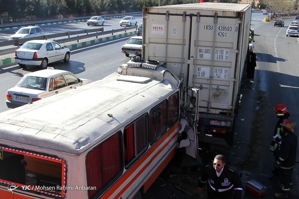 ۳۰ درصد از تصادفات در کشور ساختگی است