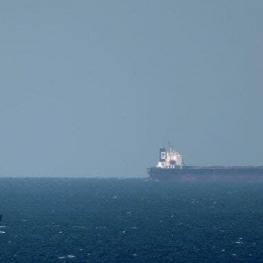 نگلیس: به کشتی ما حمله شد.