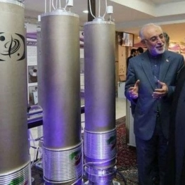 تولید اورانیوم فلزی در ایران 'به دستور روحانی متوقف شده'