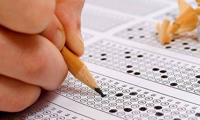 سخنگوی سازمان سنجش از نامنویسی ۷۴ هزار و ۱۸۵ نفر در آزمون سراسری ۱۴۰۰ خبر داد.