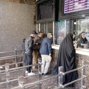 دبیر شورای صنفی نمایش: قیمت بلیت سینماها افزایش مییابد