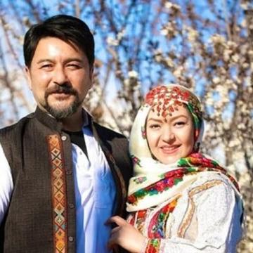 امیرحسین صدیق و همسرش مجری برنامه نوروزی شبکه ۵ سیما شدند