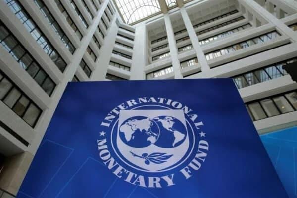 اقتصاد ایران امسال ۲.۵ درصد رشد میکند