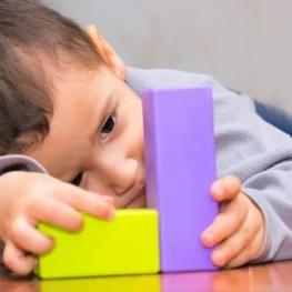 خدمات توانبخشی اوتیسم تحت پوشش بیمه قرار گرفت