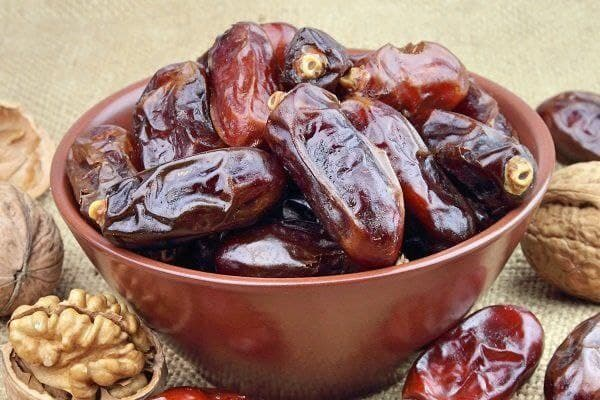 قیمت مصوب انواع خرما در آستانه رمضان ۱۴۰۰ / چرا قیمت خرما افزایش یافت؟