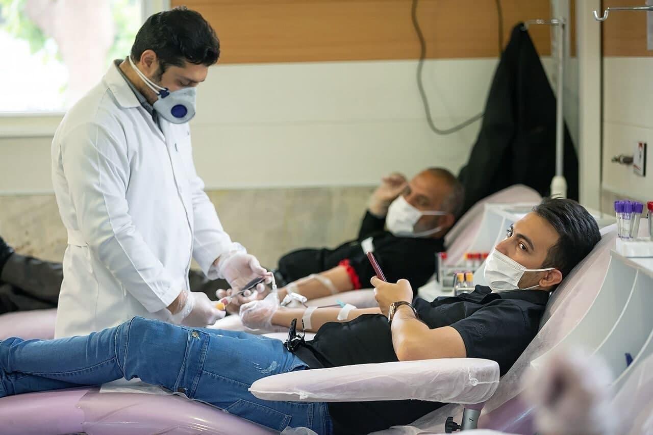 اهداکنندگان خون در تهران در ساعات منع تردد شبانه جریمه نمیشوند