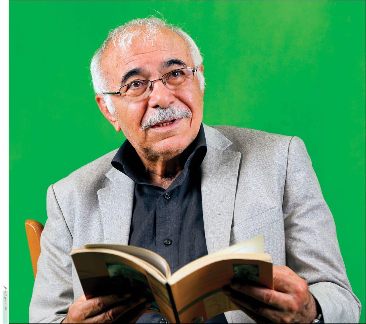 استاد غزل ایران در آیسییو بستری شد