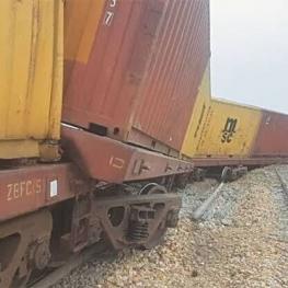 خروج شش واگن قطار باری ایران و پاکستان از ریل
