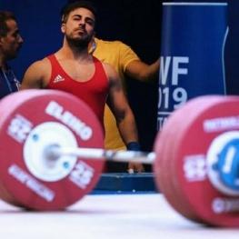 کیانوش رستمی المپیک را از دست داد