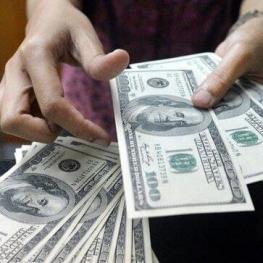 ۱۵ میلیارد دلار ارز کشور بلوکه شده است