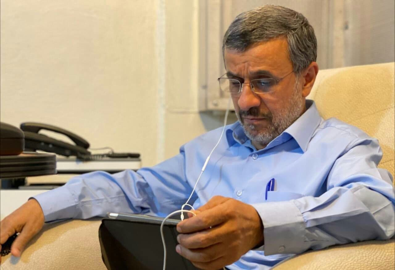حضور خبرساز احمدینژاد در کلابهاوس
