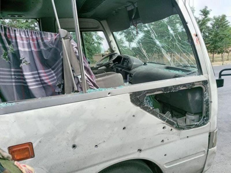 حمله به خودروی دانشگاه در افغانستان/ ۴ کشته و ۱۱ زحمی
