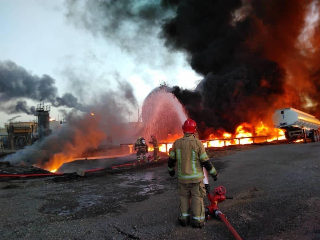 تعداد مخازن آتش گرفته در پالایشگاه نفت پس از اطفای حریق مشخص میشود