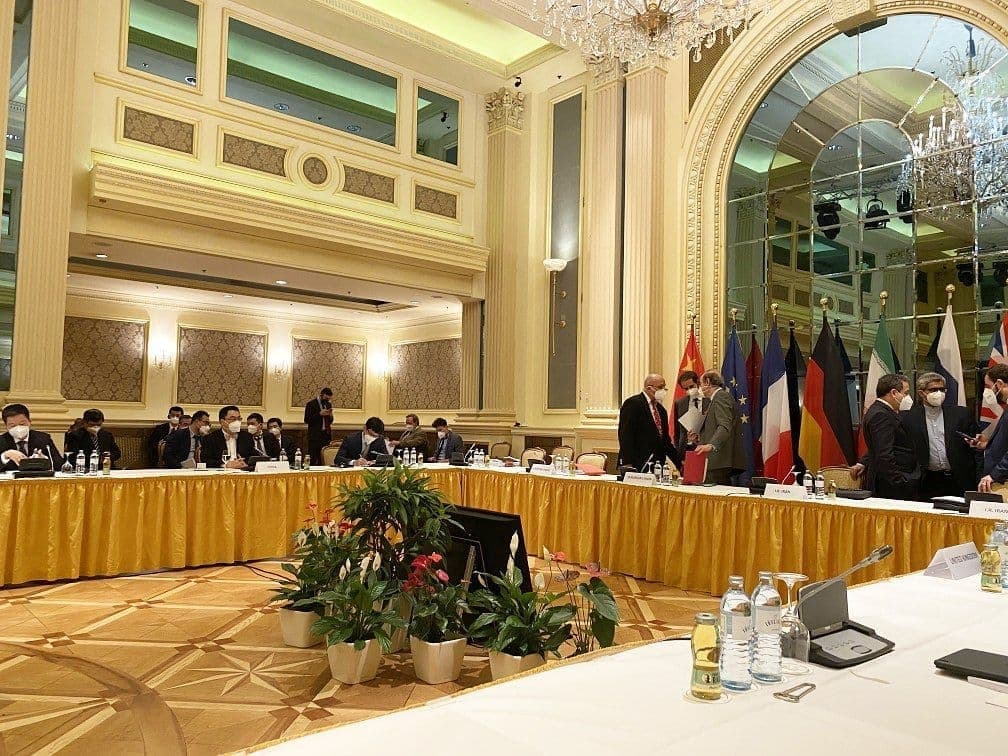 گمانهزنی وال استریت ژورنال درباره زمان آغاز دور ششم مذاکرات وین