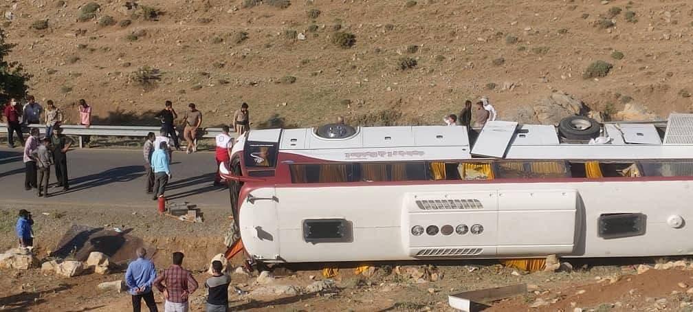 پلیس راهور نظر کمیسیون عالی تصادفات دربارهی واژگونی اتوبوس خبرنگاران و سربازمعلمان را اعلام کرد