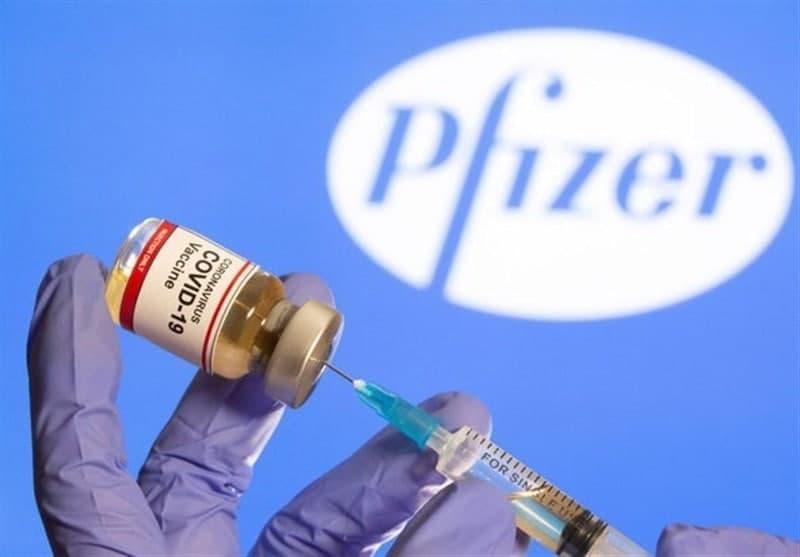 واکسن کرونای فایزر-بیونتک به عنوان نخستین واکسن کرونا در جهان از سوی سازمان غذا و دارو آمریکا (اف دی اِی) تائید شد