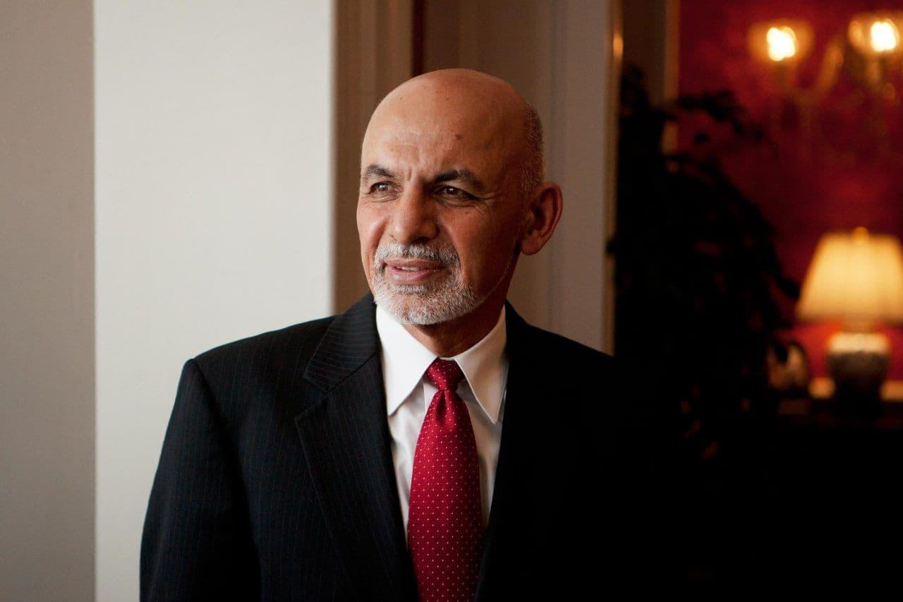 جزئیات فرار «اشرف غنی» از زبان سفیر افغانستان در تاجیکستان