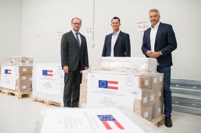 وزیر خارجه اتریش از اهدای یک میلیون دوز واکسن به ایران خبر داد