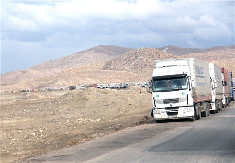 دولت گرجستان مرزهای زمینی خود بر روی کامیون های ایران را بست