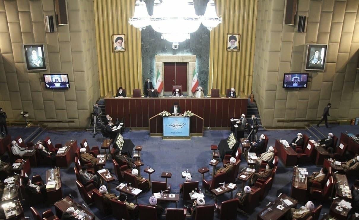 زمان برگزاری اجلاس خبرگان رهبری به تعویق افتاد