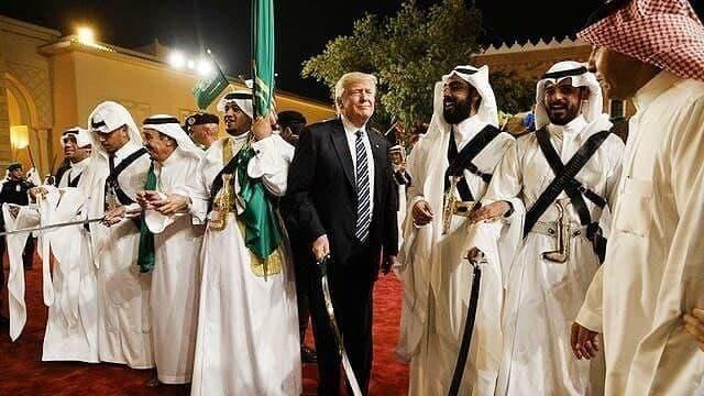 هدایای گرانبهای ریاض به ترامپ تقلبی از کار درآمد!